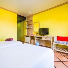 Phuket Island View Hotel 3* Стандартный номер с двуспальной кроватью фото 3