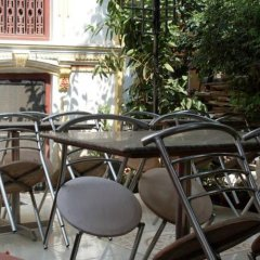 Отель Kathmandu Bed & Breakfast Inn Непал, Катманду - отзывы, цены и фото номеров - забронировать отель Kathmandu Bed & Breakfast Inn онлайн питание