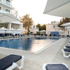 Mandali Hotel Apartments бассейн фото 3