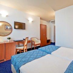 Hotel Central 3* Номер Комфорт с 2 отдельными кроватями фото 2