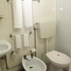 Отель Alojamento local Ideal 2* Стандартный номер с различными типами кроватей фото 2