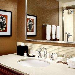 Отель Sheraton Cavalier Calgary Hotel Канада, Калгари - отзывы, цены и фото номеров - забронировать отель Sheraton Cavalier Calgary Hotel онлайн ванная фото 2