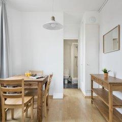 Апартаменты Habitat Apartments Beach Studio Барселона в номере