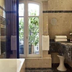 Отель Room Mate Alain 4* Номер Делюкс с различными типами кроватей фото 14