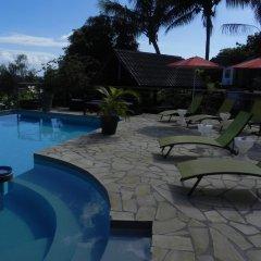 Отель Fare Arana Французская Полинезия, Муреа - отзывы, цены и фото номеров - забронировать отель Fare Arana онлайн бассейн фото 2