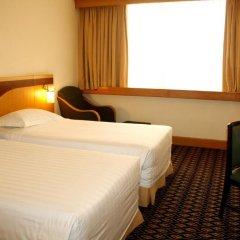 Отель Furama City Centre 4* Улучшенный номер с различными типами кроватей фото 5