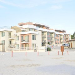 Апартаменты Sea Paradise Apartment Complex парковка