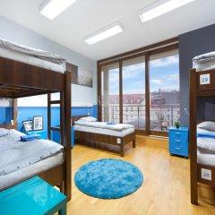 Hostel Bureau Кровать в общем номере с двухъярусной кроватью фото 7