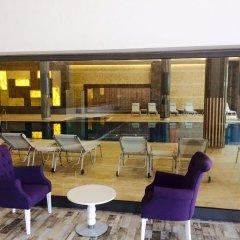 Отель Luxury Apt in Konak Sea Side with a Sea front view and a private beach бассейн фото 2