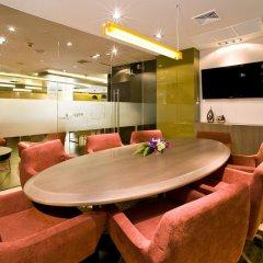 Отель Novotel Bangkok On Siam Square 4* Представительский номер с различными типами кроватей фото 11