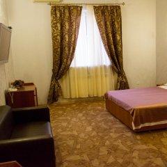 Гостиница Дюма Люкс с двуспальной кроватью фото 8