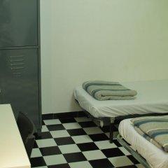 Hostel New York Стандартный семейный номер с двуспальной кроватью (общая ванная комната) фото 2