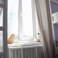Hostel DomZhur Кровать в мужском общем номере с двухъярусными кроватями фото 6