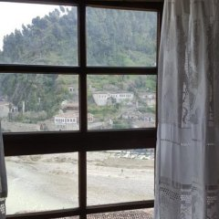 Отель Guesthouse Berat 2* Стандартный номер фото 7