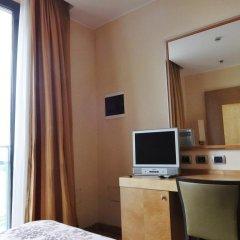 Hotel Tiffany Milano Треццано-суль-Навиглио удобства в номере фото 3