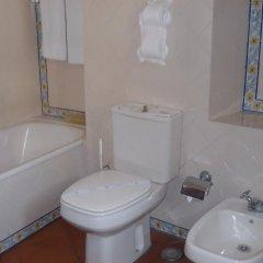 Отель Casa de S. Thiago do Castelo ванная фото 2