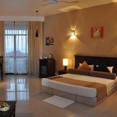 Отель Laya Beach 3* Номер Делюкс с двуспальной кроватью фото 3