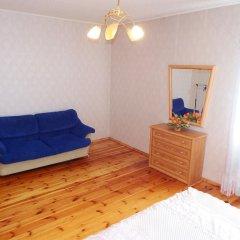 Гостиница Cottage V Sosnah комната для гостей