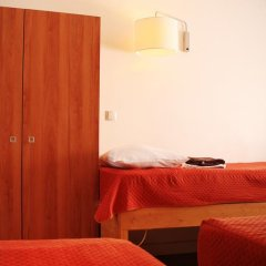 Отель Hôtel Marignan Стандартный номер с различными типами кроватей фото 10