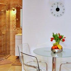Отель Dorothilux Apartment Венгрия, Будапешт - отзывы, цены и фото номеров - забронировать отель Dorothilux Apartment онлайн ванная фото 2
