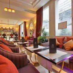 Отель Majestic Hotel - Spa Paris Франция, Париж - отзывы, цены и фото номеров - забронировать отель Majestic Hotel - Spa Paris онлайн гостиничный бар
