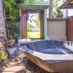 Отель Beachfront Citakara Sari Villas Индонезия, Бали - отзывы, цены и фото номеров - забронировать отель Beachfront Citakara Sari Villas онлайн бассейн фото 3