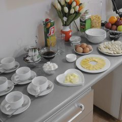 Отель Bed & Breakfast Bishkek Бишкек в номере фото 2