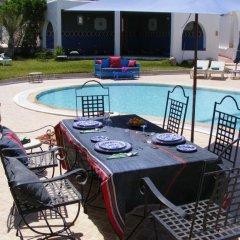 Отель Amphora Menzel Тунис, Мидун - отзывы, цены и фото номеров - забронировать отель Amphora Menzel онлайн питание