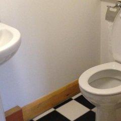 Отель Lower Turks Head ванная фото 2