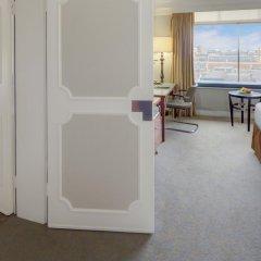 Отель London Hilton on Park Lane 5* Стандартный номер с различными типами кроватей фото 16