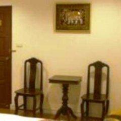 Отель BAANBORAN Бангкок интерьер отеля фото 3