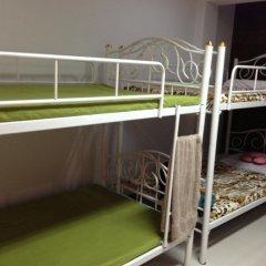 Отель Dd Guesthouse & Backpacker Кровать в общем номере фото 3
