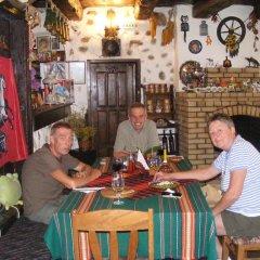 Отель Todeva House гостиничный бар