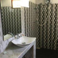 Отель Karl Holiday Bungalow Шри-Ланка, Калутара - отзывы, цены и фото номеров - забронировать отель Karl Holiday Bungalow онлайн ванная