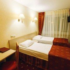 Гостиница AMAKS Россия 2* Номер Бизнес с двуспальной кроватью фото 2