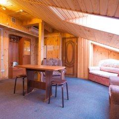 Гостиница Алмаз Стандартный семейный номер с двуспальной кроватью фото 14