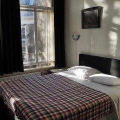 Отель Galerij Нидерланды, Амстердам - отзывы, цены и фото номеров - забронировать отель Galerij онлайн комната для гостей фото 3