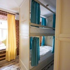 Волхонка хостел Кровать в общем номере с двухъярусными кроватями фото 17