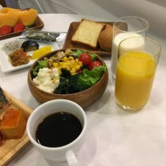 Spa & Capsule Hotel GrandPark-Inn Yokohama питание