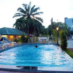 Отель V Residence бассейн фото 3