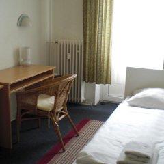 Hotel Komet 2* Стандартный номер с двуспальной кроватью (общая ванная комната)