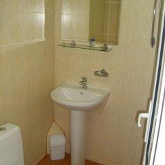 Отель Plamena Guest Rooms Болгария, Карджали - отзывы, цены и фото номеров - забронировать отель Plamena Guest Rooms онлайн ванная фото 2