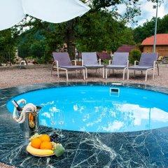 Отель Letizia Country Club Хуст бассейн фото 2