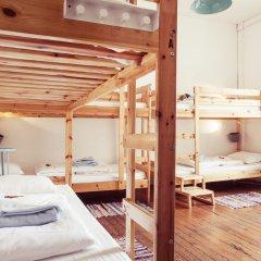 Lisbon Chillout Hostel Кровать в общем номере фото 24