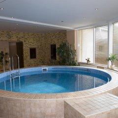 Отель Toss Hotel Латвия, Рига - 11 отзывов об отеле, цены и фото номеров - забронировать отель Toss Hotel онлайн бассейн фото 2