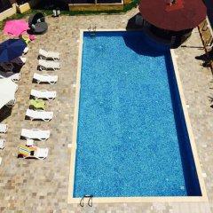 Отель Complex Sands Holiday Apartments Болгария, Солнечный берег - отзывы, цены и фото номеров - забронировать отель Complex Sands Holiday Apartments онлайн бассейн фото 2