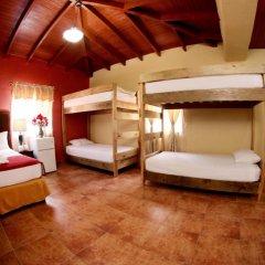 Отель y Cabañas Ros Гондурас, Тегусигальпа - отзывы, цены и фото номеров - забронировать отель y Cabañas Ros онлайн комната для гостей фото 4