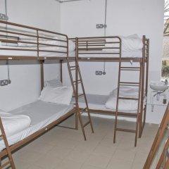 Отель Restup London Кровать в общем номере фото 4