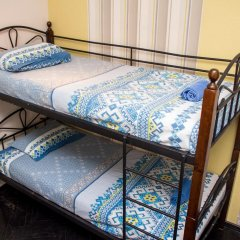Хостел Trinity & Tours Кровать в женском общем номере с двухъярусной кроватью фото 11