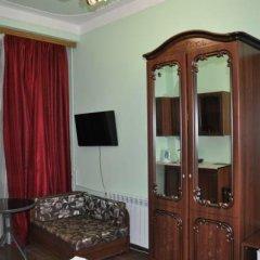 Гостевой Дом Лазурный Семейная студия с разными типами кроватей фото 3